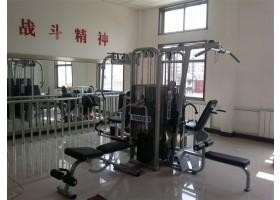 某部队健身房